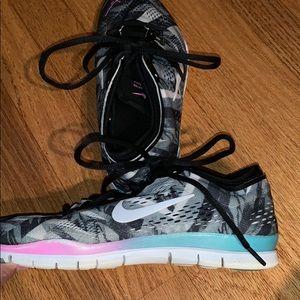 Nike Shoes 8.5